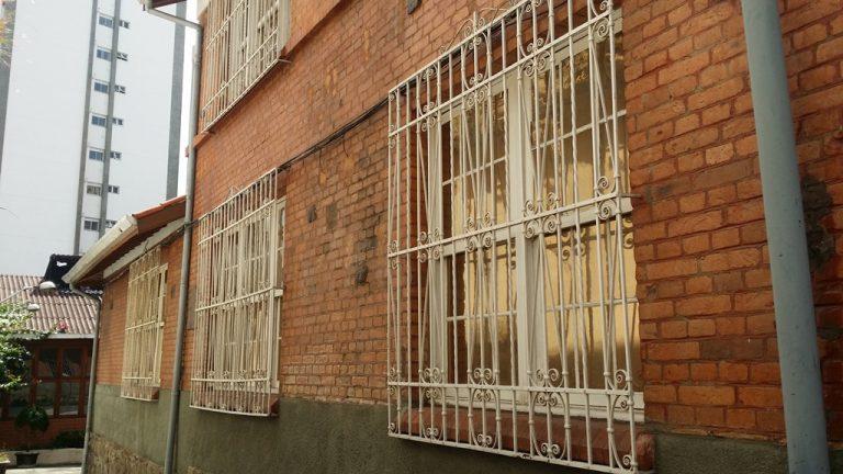 Bela Vista – Sobrado Comercial c/ 770 m2 – 13 Salas – Salão (15×11) – 15 Vagas