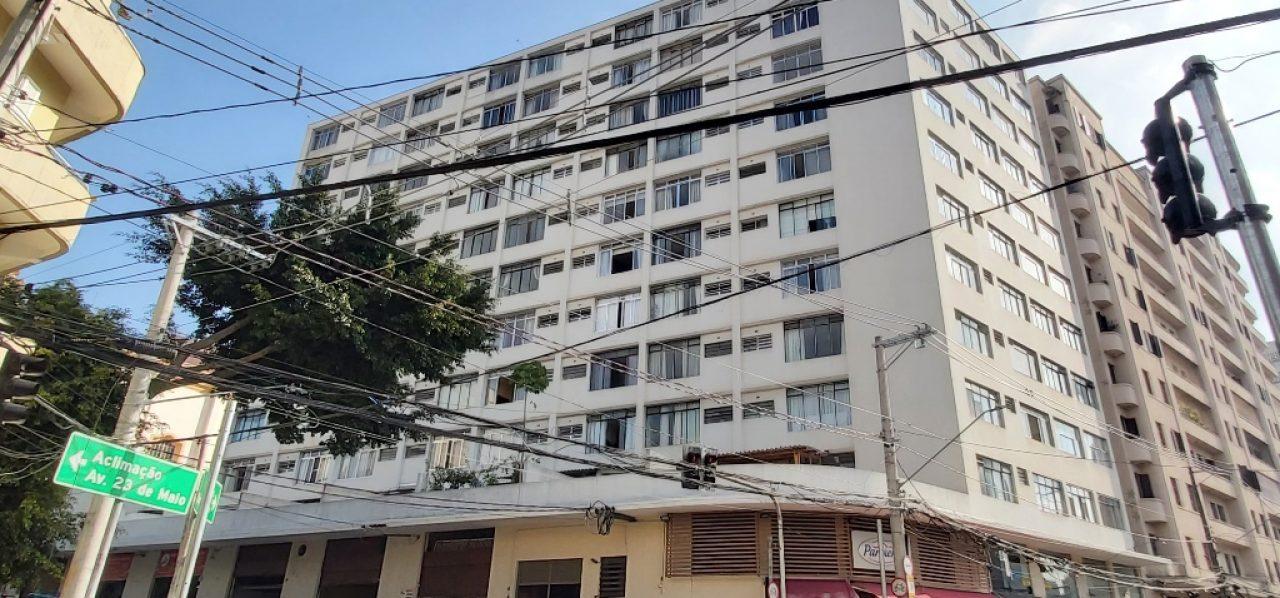 Ref. 200138 (Bela Vista – Locação – R$ 1.200,00) – Kit c/50m2 e Cozinha Separada